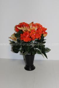 Hortensias et orchidées en bouquet cône en plastique coloris orange